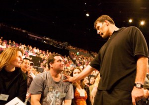 UPW - Tony Robbins coache un participant